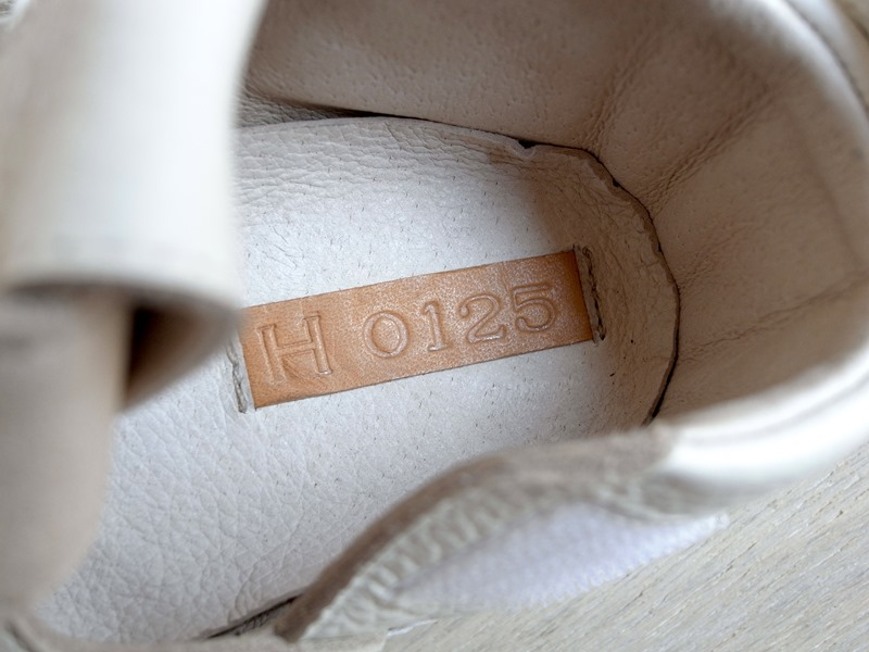 29モリサキ靴工房のベビーウィングチップシューズ_03